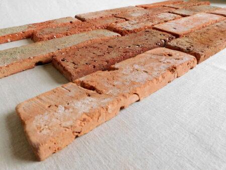 Wand Fliese alter Stein Antik Riemchen Verblender Retro Klinker rustikale Antikriemchen Ziegel used