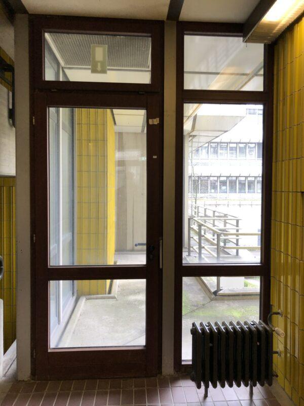 Mahagoni Fenster mit Fensterrahmen (70er Jahre) – guter Zustand!