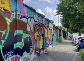 Ziegelmauer mit Betonsockel, Preis VB