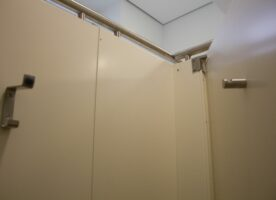 WC Trennwände (3 Kabinen)