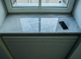 Fensterbank innen grau