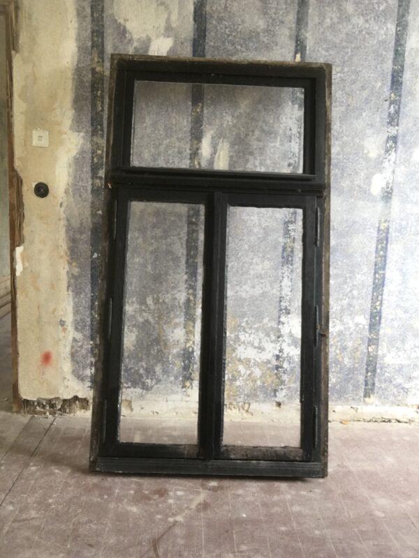 Altes historisches Fenster