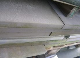 Grauwacke Platten Bahnenware, unterschiedliche Längen, 20/30/40 cm breit Stärke 3 cm Oberfläche geflammt