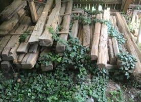 Altes Eichefachwerkholz