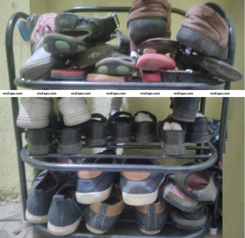 3 rack shoe stand in use