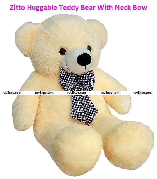 The 3 feet teddy comes in a Beige color. The teddy is super fluffy.