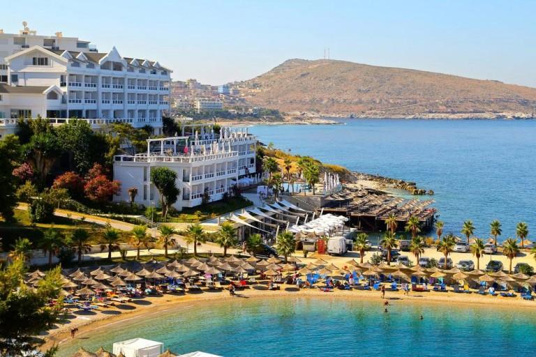 Bestill pakkereise til Albania med SOLFAKTOR