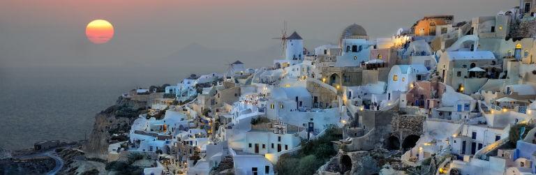Billigaste resorna till Santorini från hela Sverige
