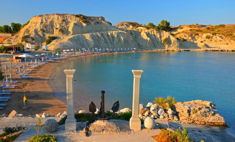 De billigste reisene til Rhodos i sommer