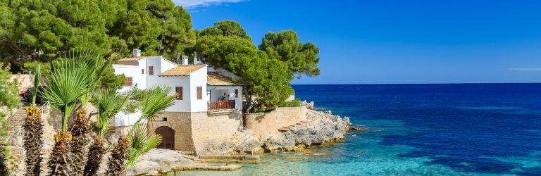 Billigaste resorna till Cala Ratjada, Mallorca från hela Sverige