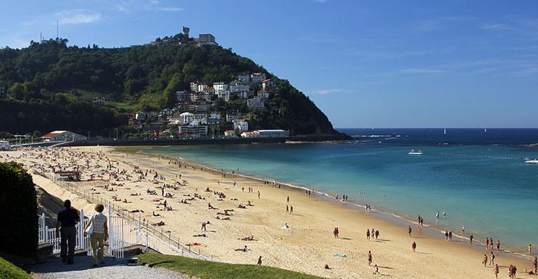 Spaniens bedste strande med solfaktor