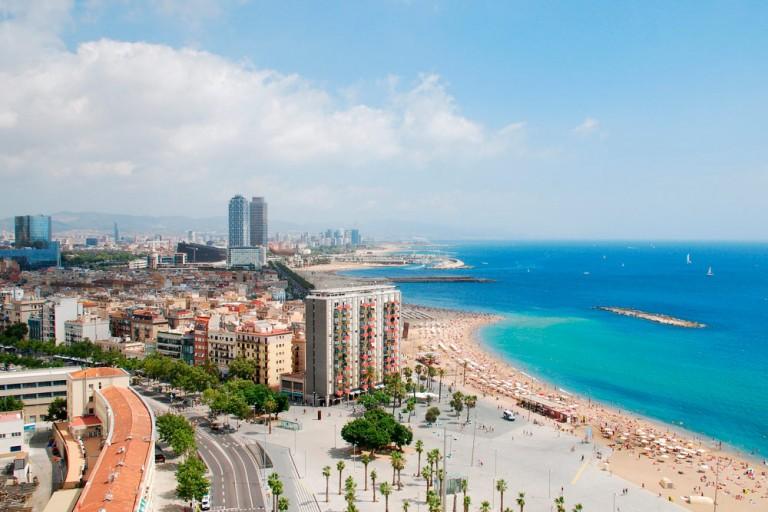 Flybilletter og pakkereiser Barcelona fra 7 norske byer