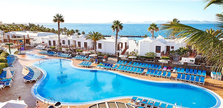 Flaming Beach Resort