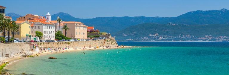 Billigaste resorna till Korsika från hela Sverige