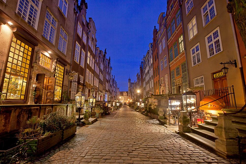 gdansk gate i kveldslys