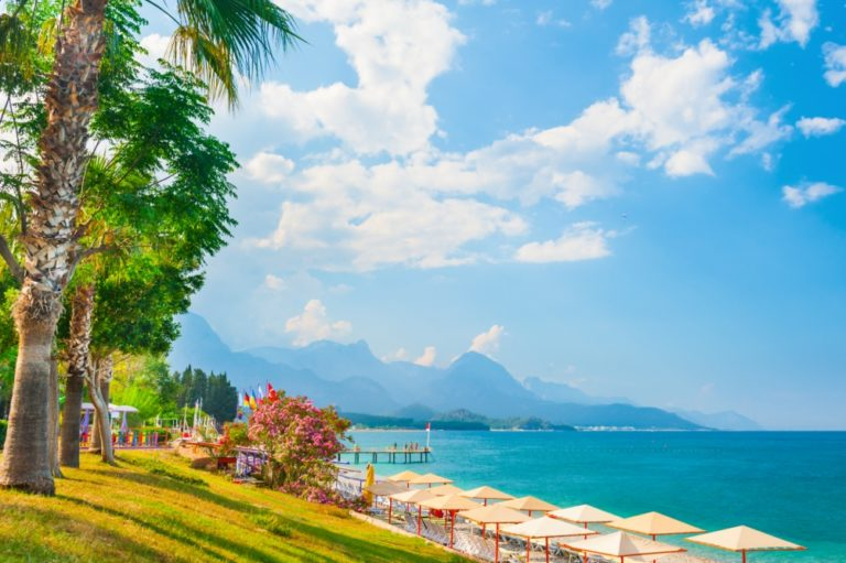 Antalyakysten-Tyrkias Middelhavsriviera