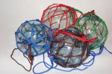ガラス玉網細工作り体験
