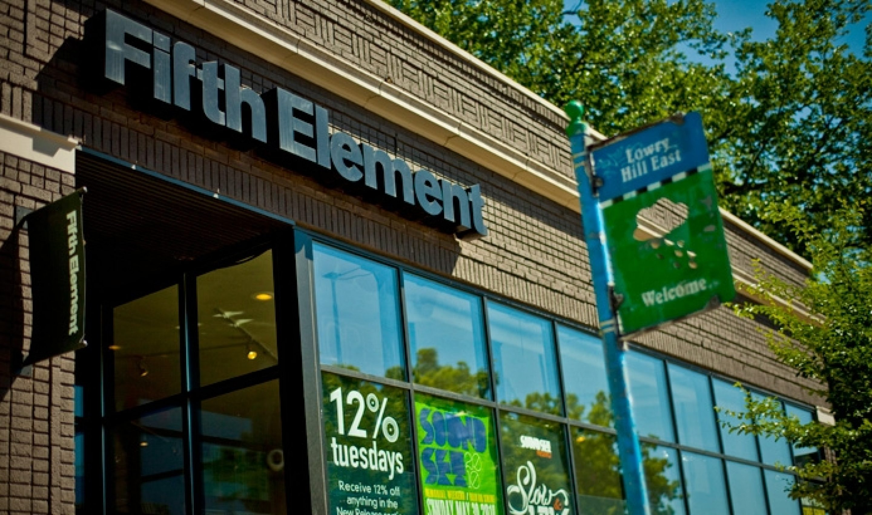 Fe Storefront May2010