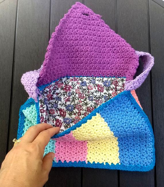 Tyndal Mini Messenger Bag