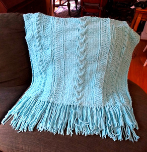 Chateau Throw