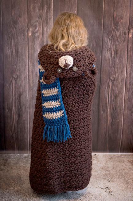 Hooded Woodland Bear Blanket