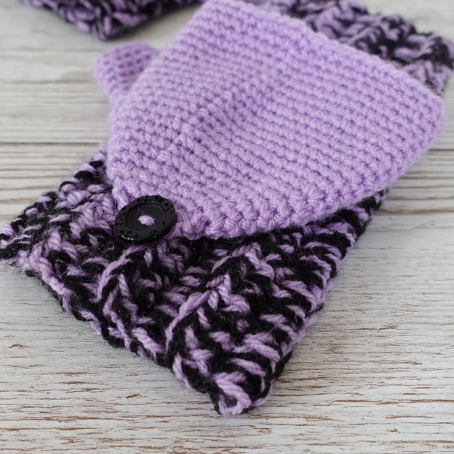 Two Toned Mitts