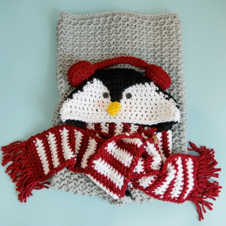 Hooded Penguin Blanket