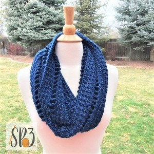 Lovely Ladders Cowl