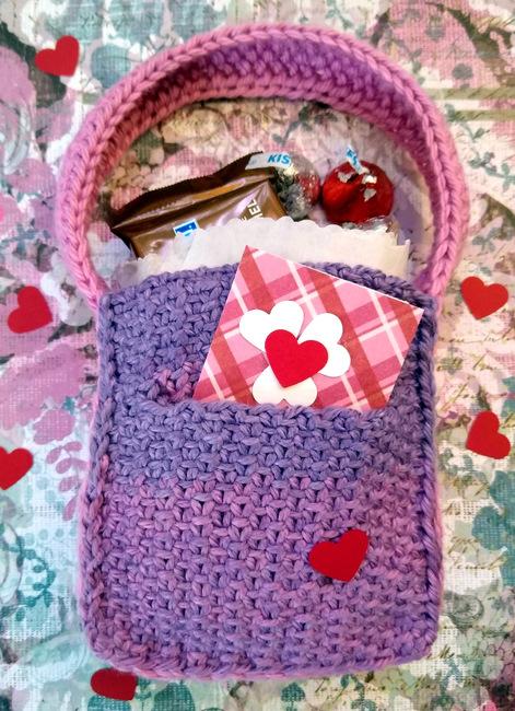 Pocketed Be-Mine Bag
