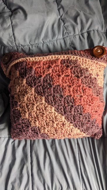C2C with Border Pillow