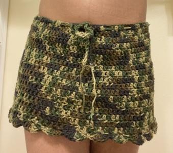 Dee's Scalloped Skirt