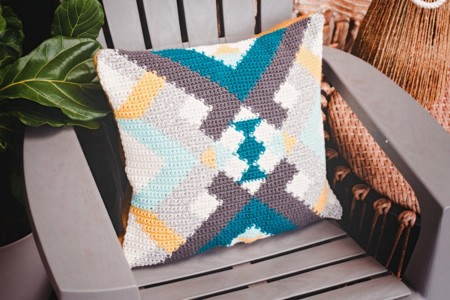 Crocheted Quilt Pillow Cover Pattern