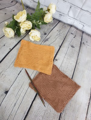 Autumn knitted squares