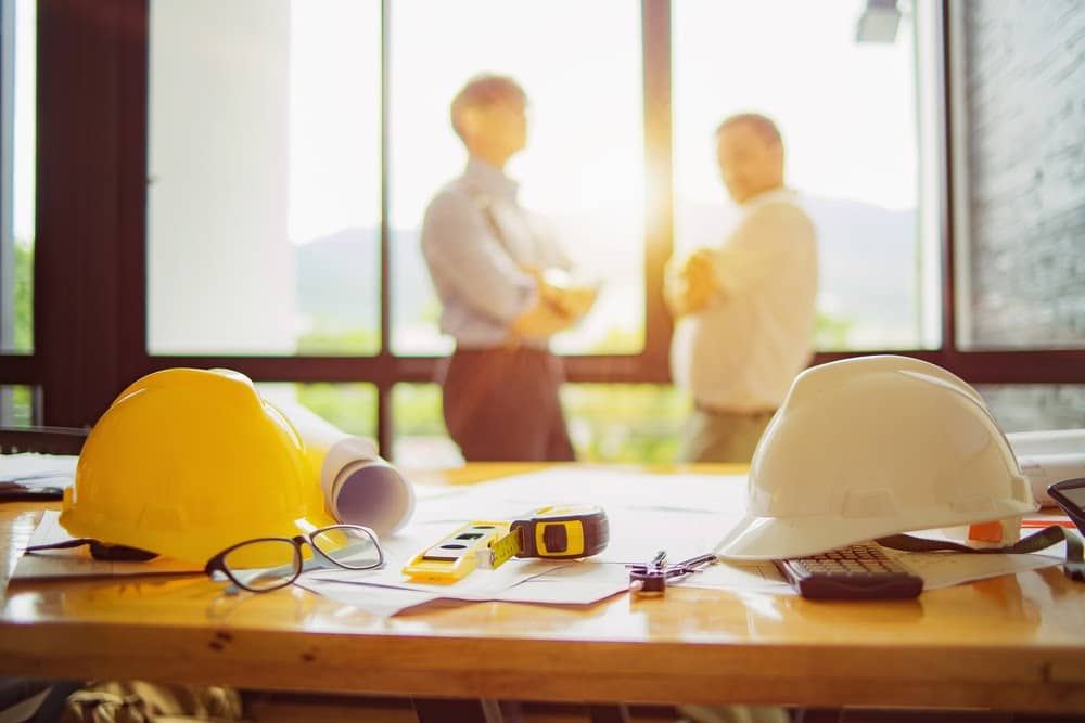 Construction Managers Consulting about new project | Rising Star Properties