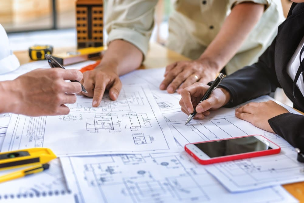 Do I Really Need a General Contractor | Rising Star Properties