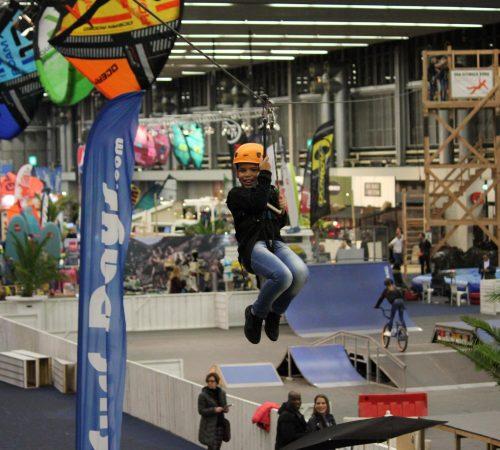 Indoor zipline evenement