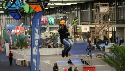 Indoor zipline evenement