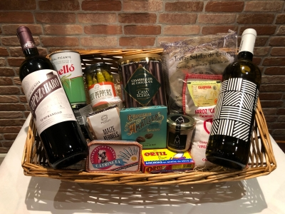 Large Hamper with Wine