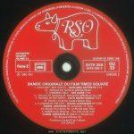 Times Square soundtrack album, France, side 4 label Text: TOUS DROITS DU PRODUCTEUR PHONOGRAPHIQUE ET DU PROPRIETAIRE DE L'ŒUVRE ENREGISTREE RESERVES, SAUF AUTORISATION, LA DUPLICATION, LA LOCATION, LE PRET, L'UTILISATION DE CE DISQUE POUR EXECUTION PUBLIQUE ET RADIODIFFUSION SONT INTERDITS. FABRIQUE EN FRANCE RSO DISTRIBUTION EXCLUSIVE POLYDOR S.A. Face 1 SACEM SACD SDRM SGDL ℗ 1980 RSO ALBUM No 2658 145 2479 265 2479 265 2 GU 33 DISQUE 2 BANDE ORIGINALE DU FILM TIMES SQUARE 1. INNOCENT, NOT GUILTY - GARLAND JEFFREYS 2'13 (G. Jeffreys) Ed. Garland Jeffreys Music 2. GRINDING HALT - THE CURE 2'49 (L. Tolhurst-M. Dempsey-R. Smith) Ed. APB Music Co. Ltd. 3. PISSING IN THE RIVER - PATTI SMITH GROUP 4'41 (P. Smith-I. Kral) Ed. Linda's Music Corp. 4. FLOWERS IN THE CITY - DAVID JOHANSEN Et 3'58 ROBIN JOHNSON (D. Johansen-R. Guy) Ed. Buster Poindexter Inc. et Purple Man Publ. 5. DAMN DOG (Reprise-The Cleo Club) 2'40 ROBIN JOHNSON (B. Mernit-J. Brackman) Ed. Stigwood Music Inc. Producteur exécutif de l'album: Bill Oakes