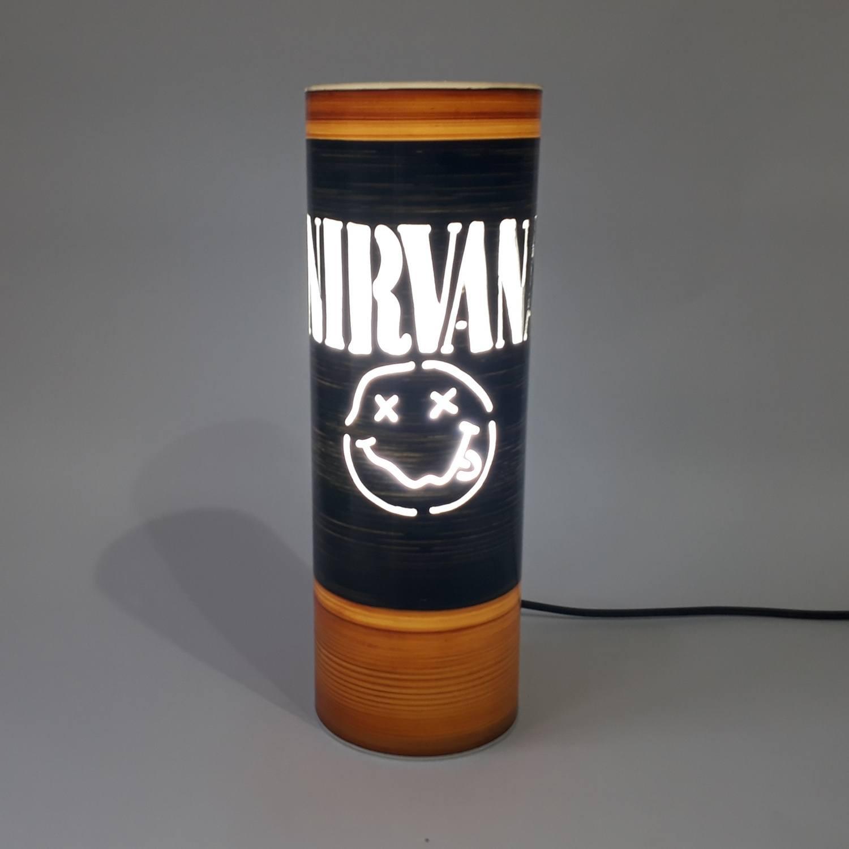 Abajur Nirvana Smile