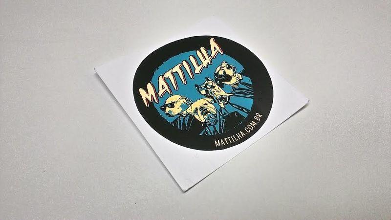 Adesivo Mattilha Ninguém é Santo Azul