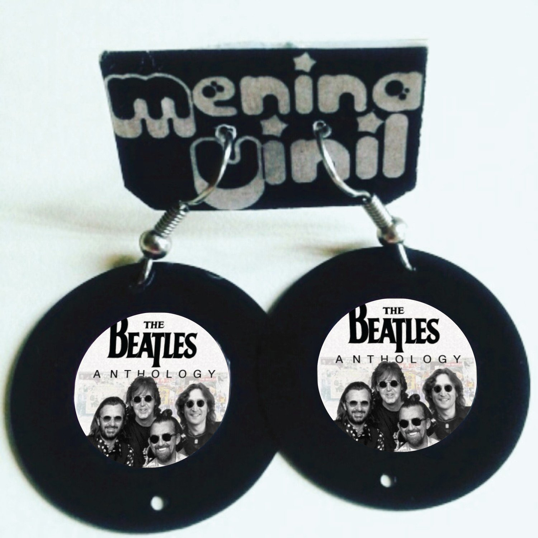 Brinco The Beatles - Vários Modelos