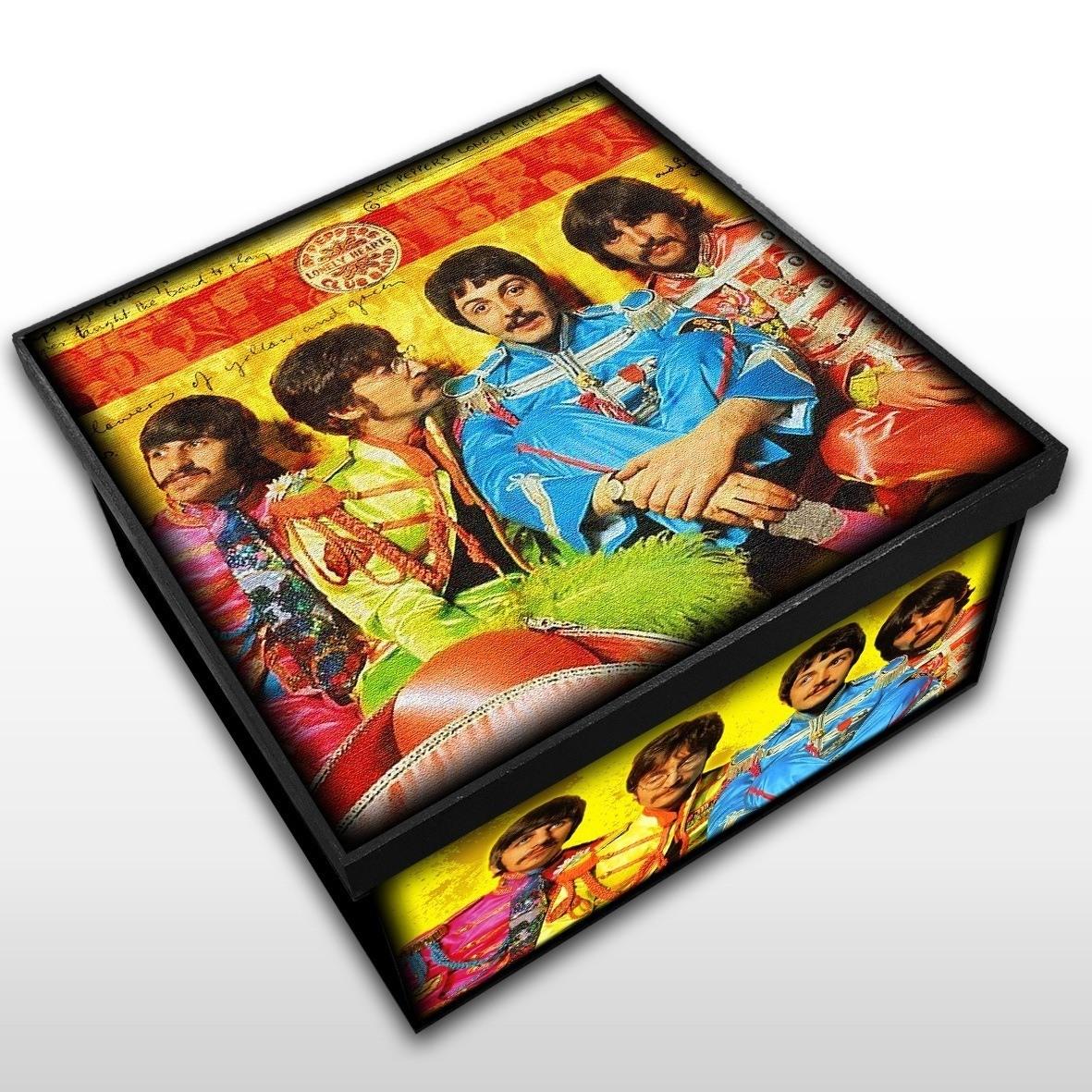 The Beatles - Sargent Pepper - Caixa em Madeira MDF - Tamanho Médio - Mr. Rock