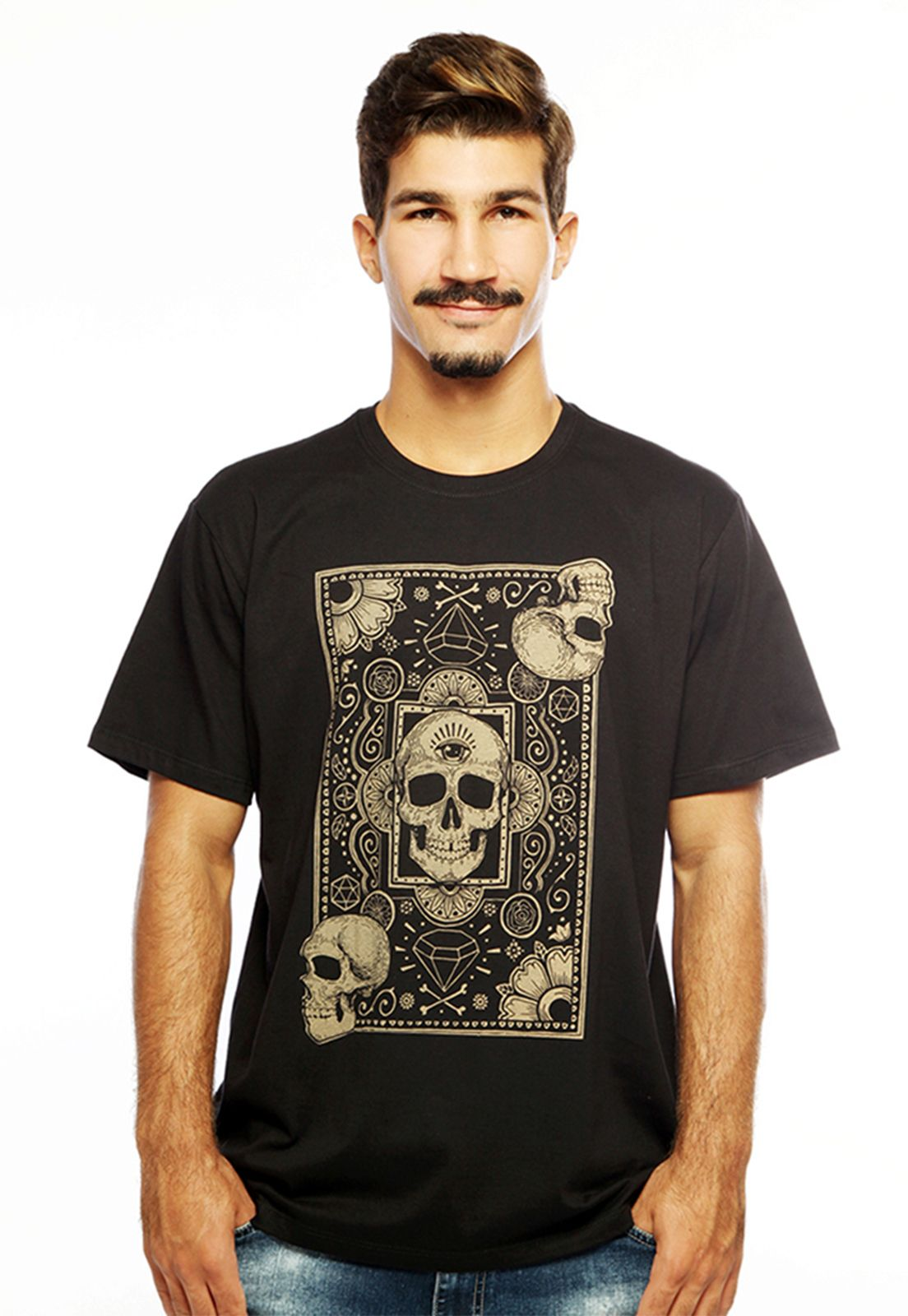 Camiseta Hardivision Cards of Skull Manga Curta Preto
