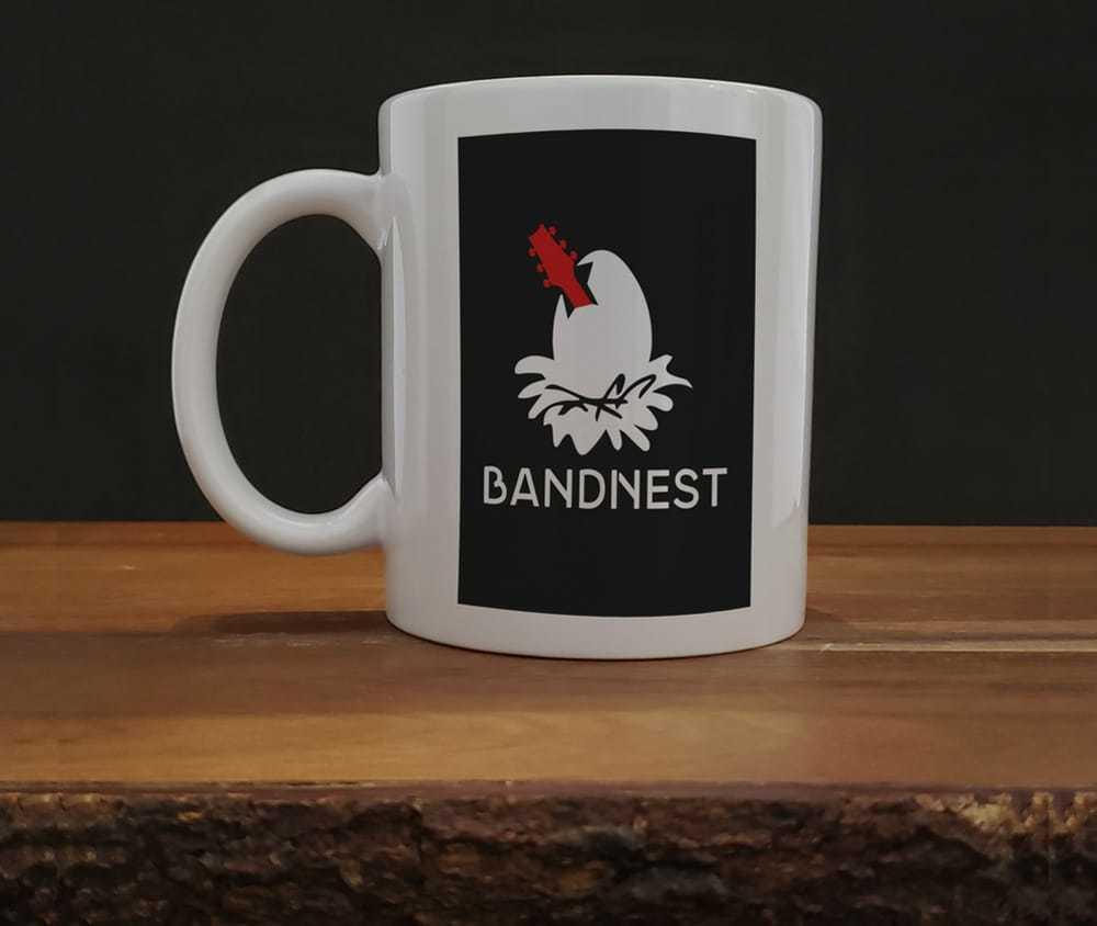 Caneca em porcelana branca - BandNest Nova Era 325ml
