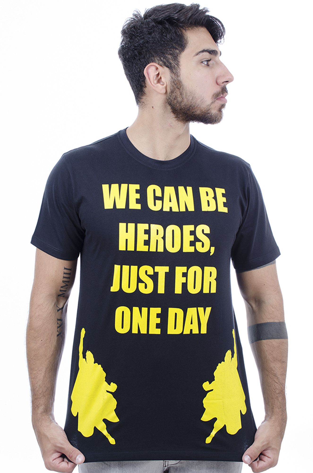 Camiseta  Masculina Estampada Hardivision Heroes Preto
