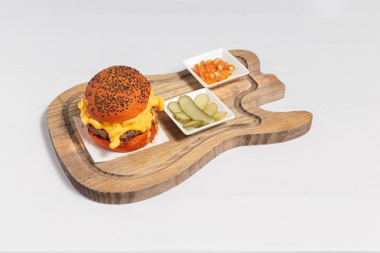 Lanche Custom Cheese - Território Rock Burguer