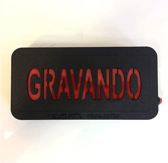 Luminária GRAVANDO – Rvalentim