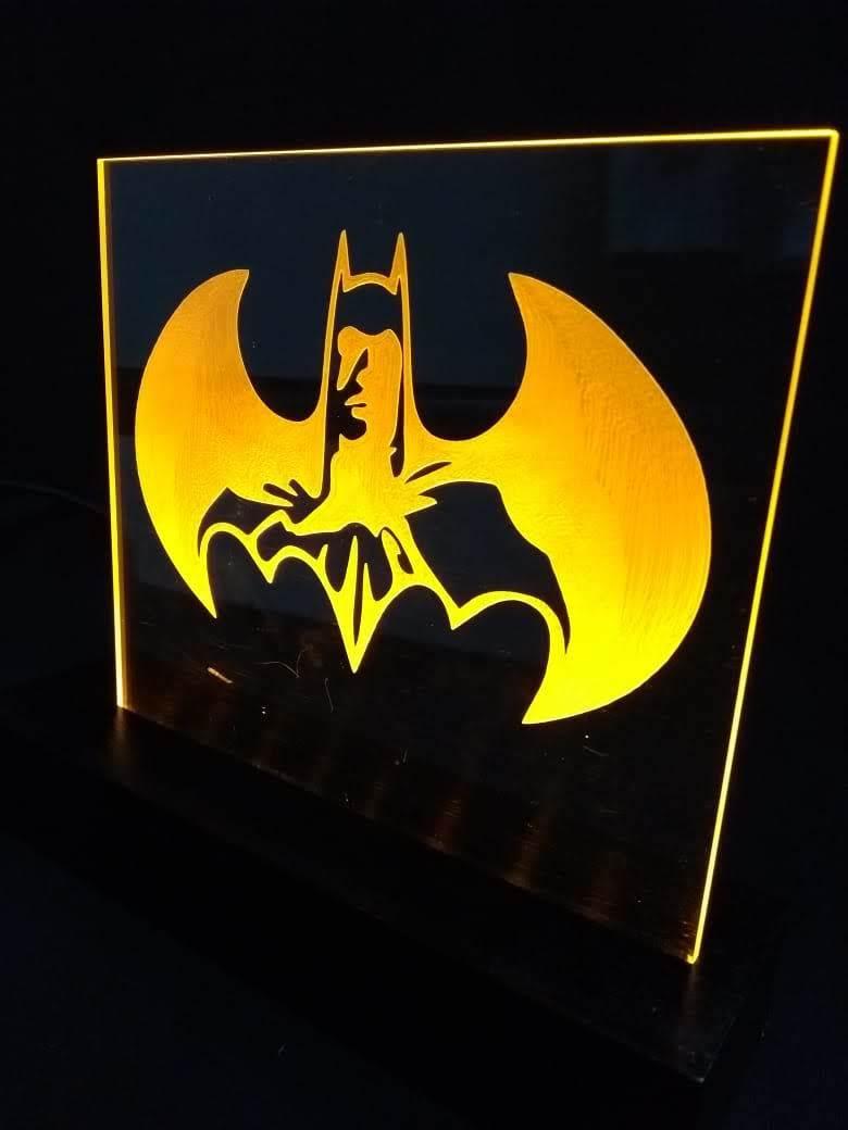 Luminária LED em Acrílico  Herois - Batman