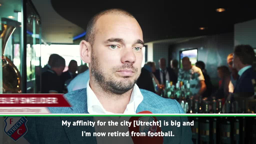 Retiring Sneijder remembers his 'most beautful prize'